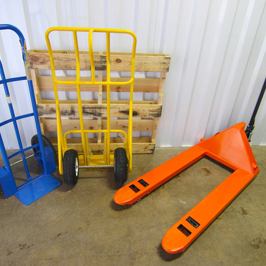 Self Storage Features equipment